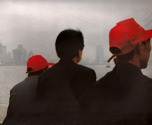 sara colledge - Interior design - inspiration - china red hats